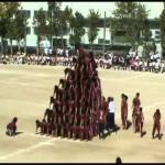 超危険な10段ピラミッドに挑む、体育祭のダイナミックな組体操!